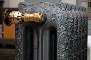 ретро чугунный радиатор отопления